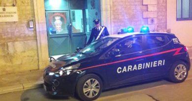 Casamassima (BA). Cinese in possesso di patente falsa offre soldi ai Carabinieri. Arrestato per istigazione alla corruzione e falsità materiale.