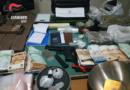 Noicattato (BA). Giovane in trasferta a Noicattaro per acquistare droga: 4 soggetti arrestati dai Carabinieri di Bitonto. Sequestrati  13 kg. di droga e oltre 120 mila euro in contanti.